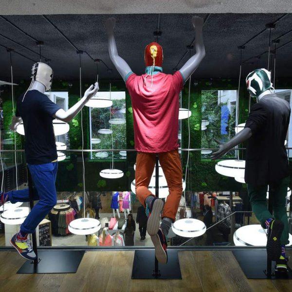 nouveau-concept-la-halle-montmartre-par-superbrand-man-display-2